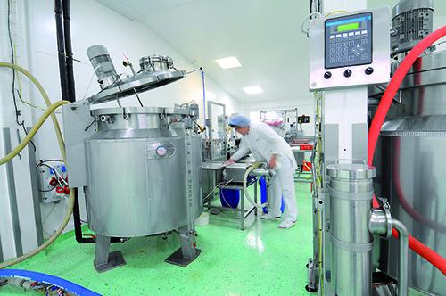 Nutrend folyékony formájú termékek gyártása