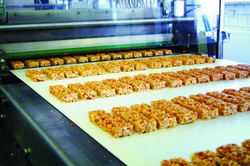 Nutrend fehérje és müzli szeletek előállítása